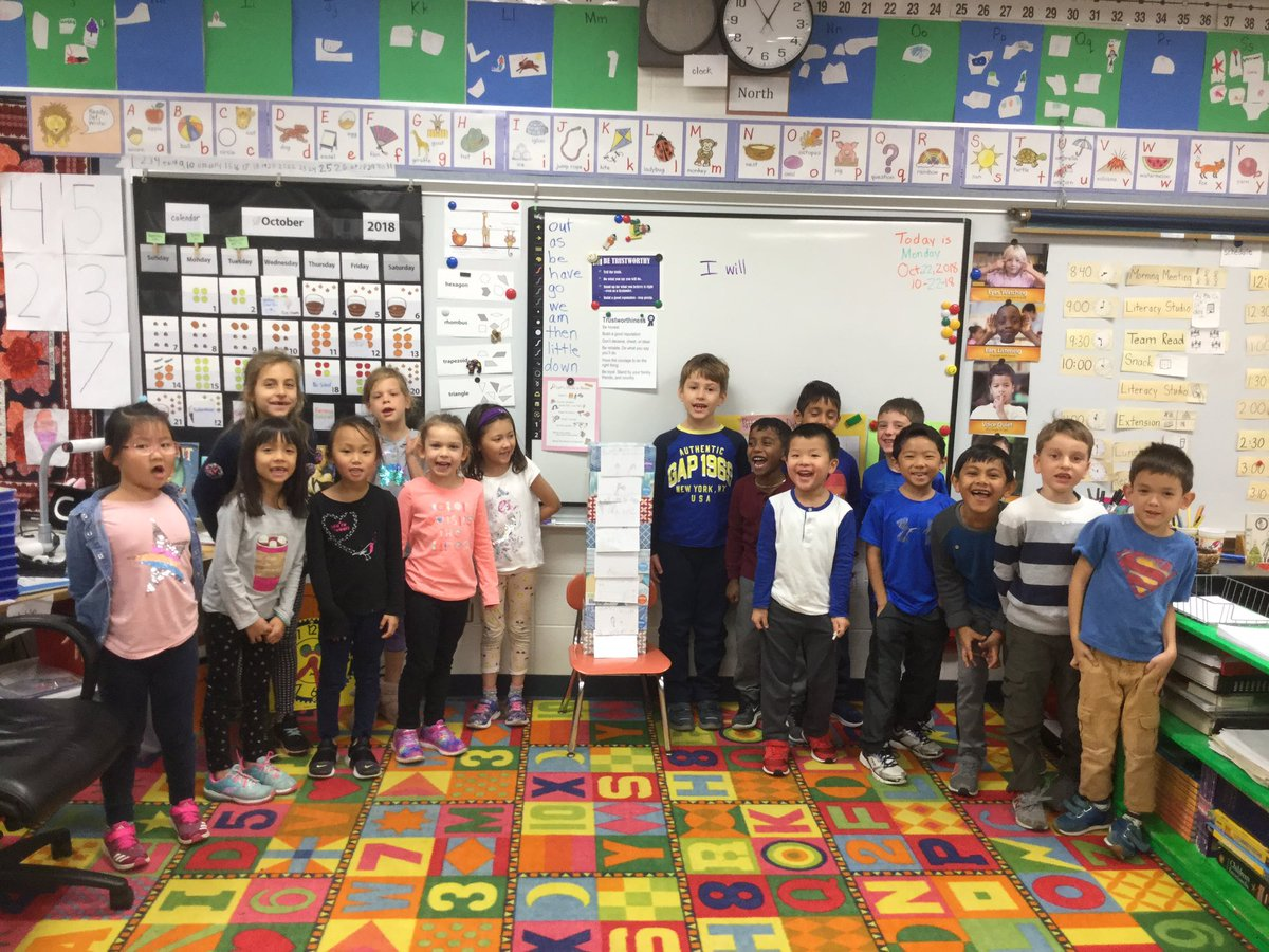 test Twitter Media - We built a tower of trustworthiness! You can count on us! #d30learns #charactercounts https://t.co/BdWaIPQqRV