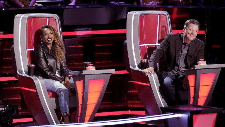RT @THR: #TheVoice: Battle round continues with two more steals https://t.co/aDhoxkwj5R https://t.co/Nier6RpYdZ