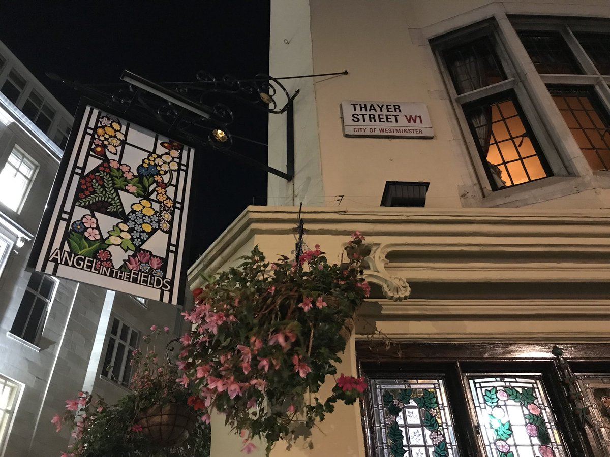 RT @ZwartblesIE: A beautiful London pub called 'Angel in the fields' with delicious gin. https://t.co/Wf0BDrIyyR