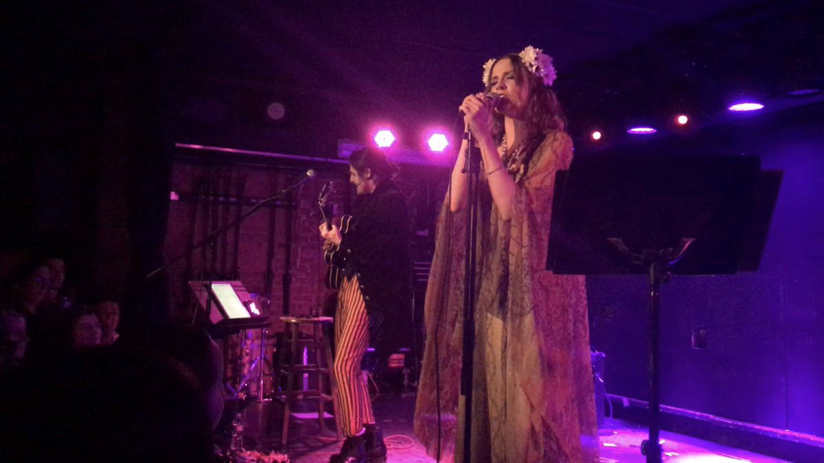 RT @duaneedmunds: Happy Wednesday ✌????  #EvanAndZane at the Mercury Lounge NYC https://t.co/mm2lPFDAzv