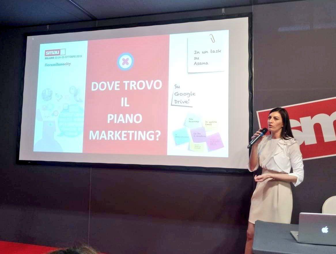 Scatti rubati a @smaunotes. Grazie, Milano. https://t.co/sUOq2jELln