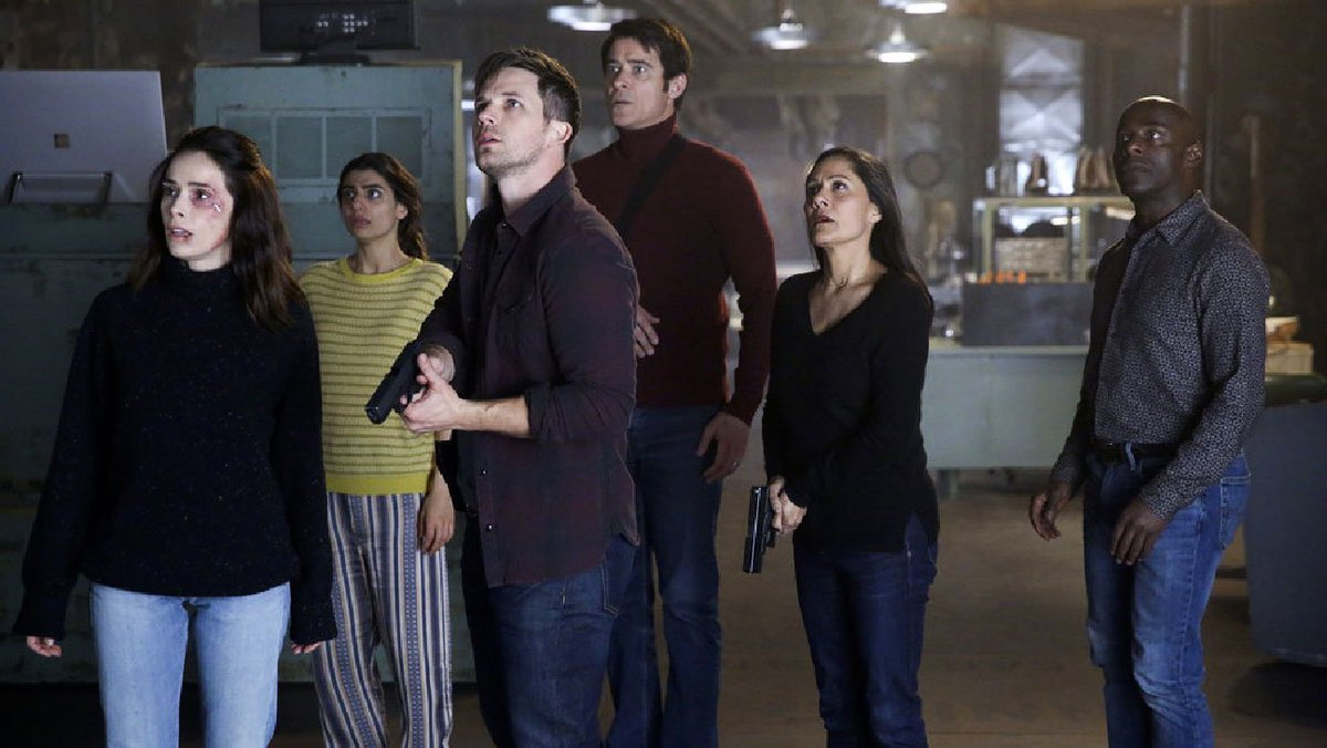 RT @THR: The #Timeless two-hour wrap-up movie will air on Thursday, Dec. 20 on NBC at 8 p.m. https://t.co/y0pMQw0mie https://t.co/RKB07l3H1h