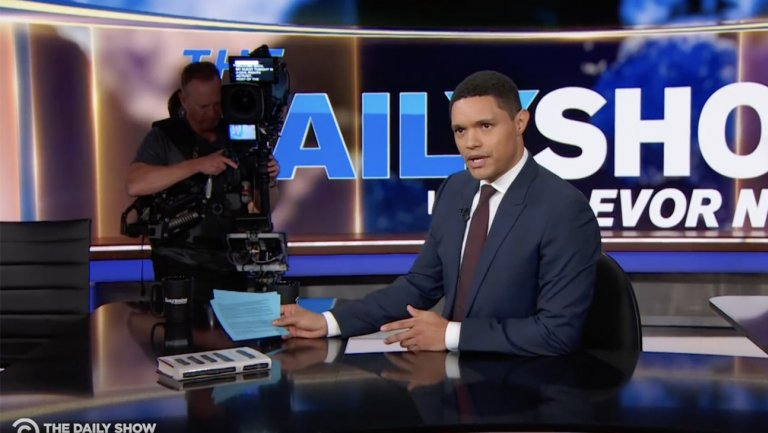 TheDailyShow executive producer Steve Bodow stepping down in 2019