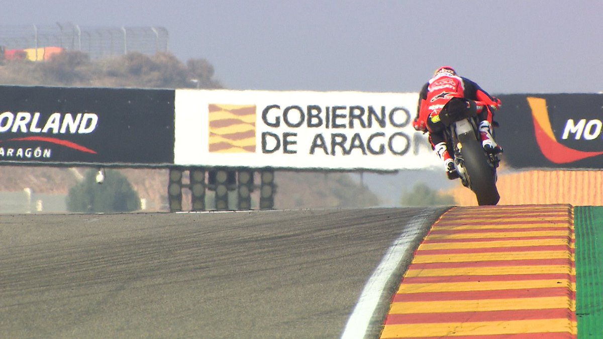 test Twitter Media - 💥Aragon test HIGHLIGHTS: first day on track for the V4 R!  📹VIDEO | #WorldSBK https://t.co/nz9fix9W81 https://t.co/6sGleQaxnA