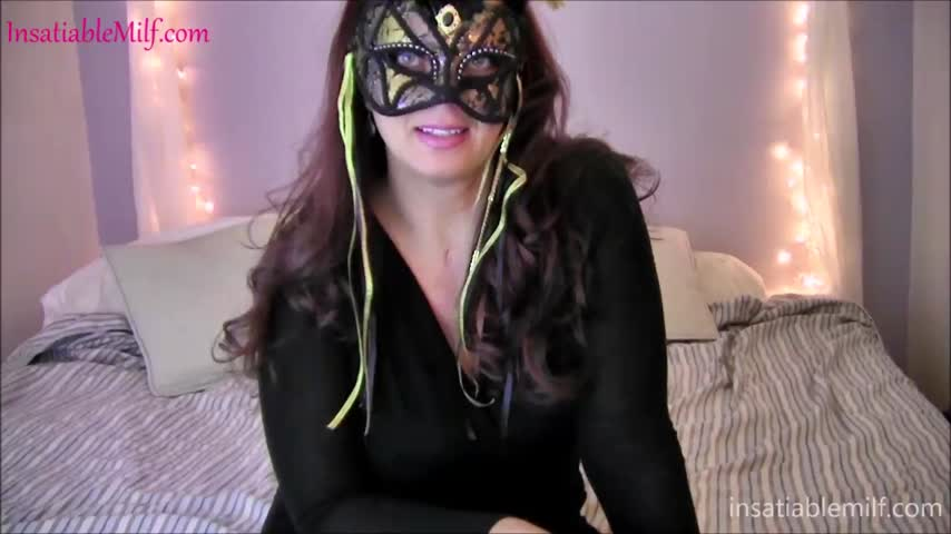 Just made a sale! Trick And Treat 17sfYBsr28 #MVSales #ManyVids kHYTYR6t8t