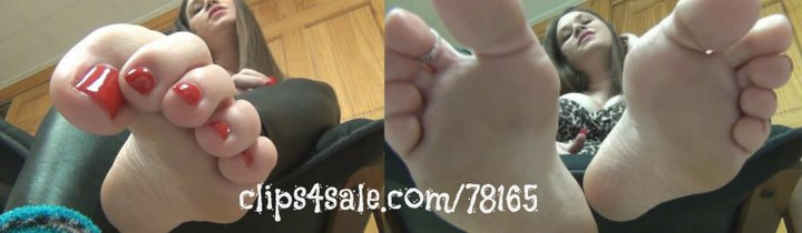 Endlessly In Love With My Perfect Feet (MP4) ~ MissDias Playground bkzNKmJPXF #FOOTWORSHIP