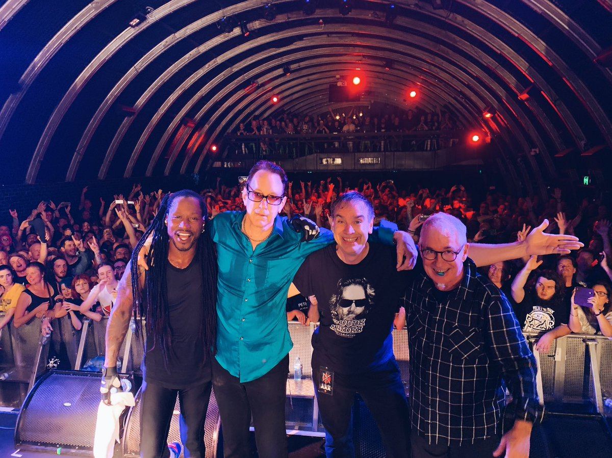 RT @DeadKennedys: Thanks to all the fans who attended our shows the last two weeks in Australia and New Zealand ! https://t.co/WgIbh11Ogh