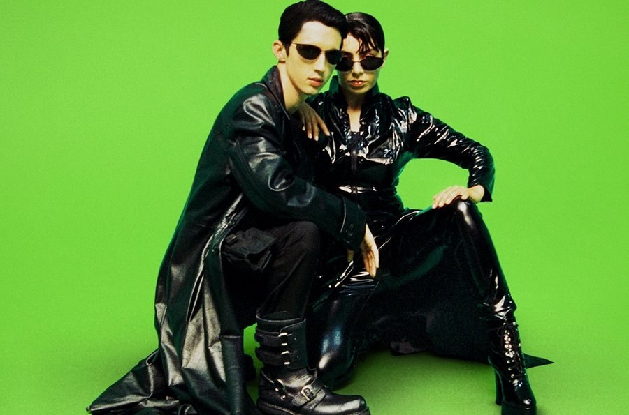 RT @billboard: .@troyesivan and @charli_xcx perform