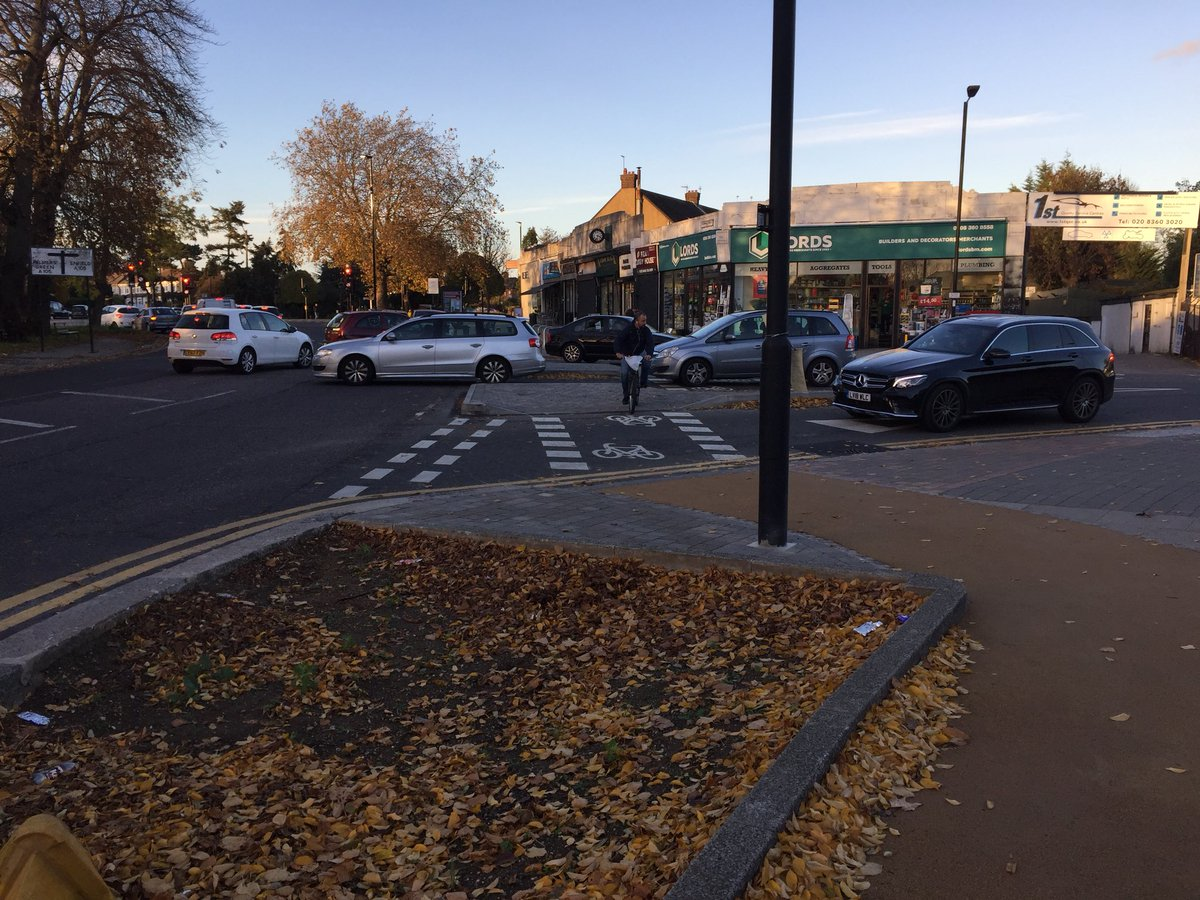 test Twitter Media - Fantastic to see this link complete for Quietway 18! A footway-level cycle path and crossing between the A105 junction at Ridge Ave library and Blakesware Gdns, which leads to the lovely Salmons Brook trail to Edmonton. Nice work @CycleEnfield. Signs going up soon...? https://t.co/6EHSKE0tIv