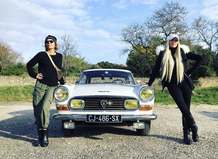 Thelma and Louise... The French Version. https://t.co/F2NfqU45rc
