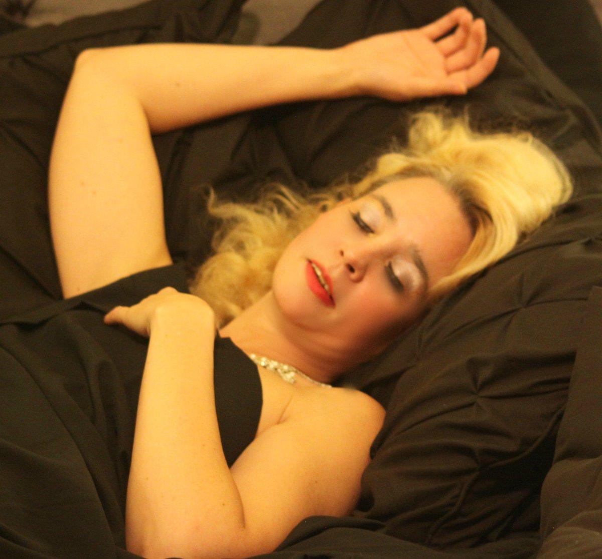 Goodnight Twitter.... sweet dreams #GFE #Companion #MILFMafia PqFvML3hh0 c