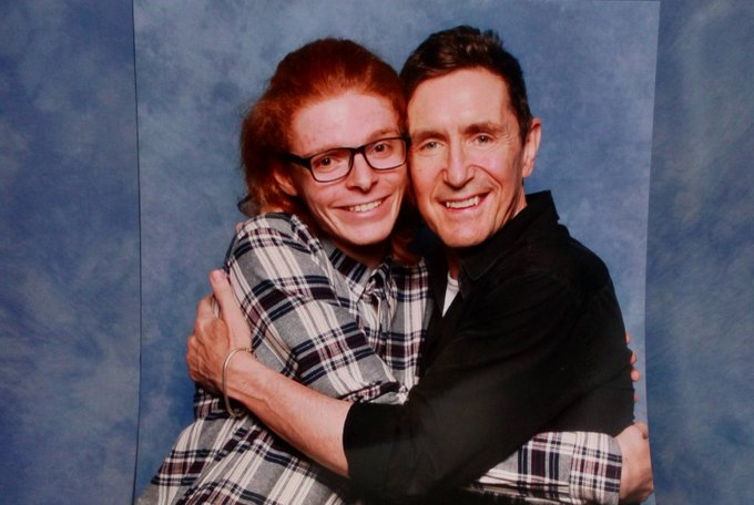 A happy birthday to Mr Paul mcgann, a lovely guy who seems to love hugging people as i found out earlier this year