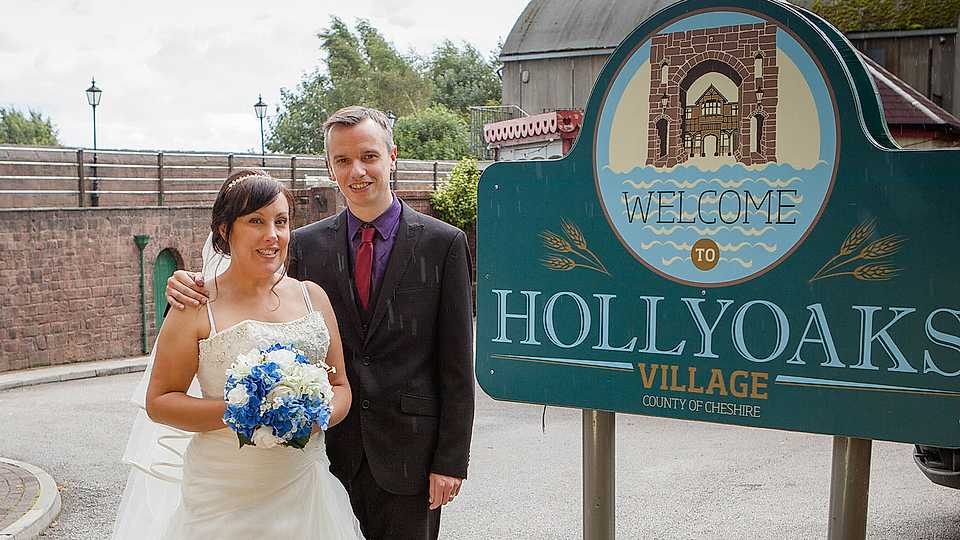 OMG! This Hollyoaks superfan had a wedding on set and we could NOT be more jealous
