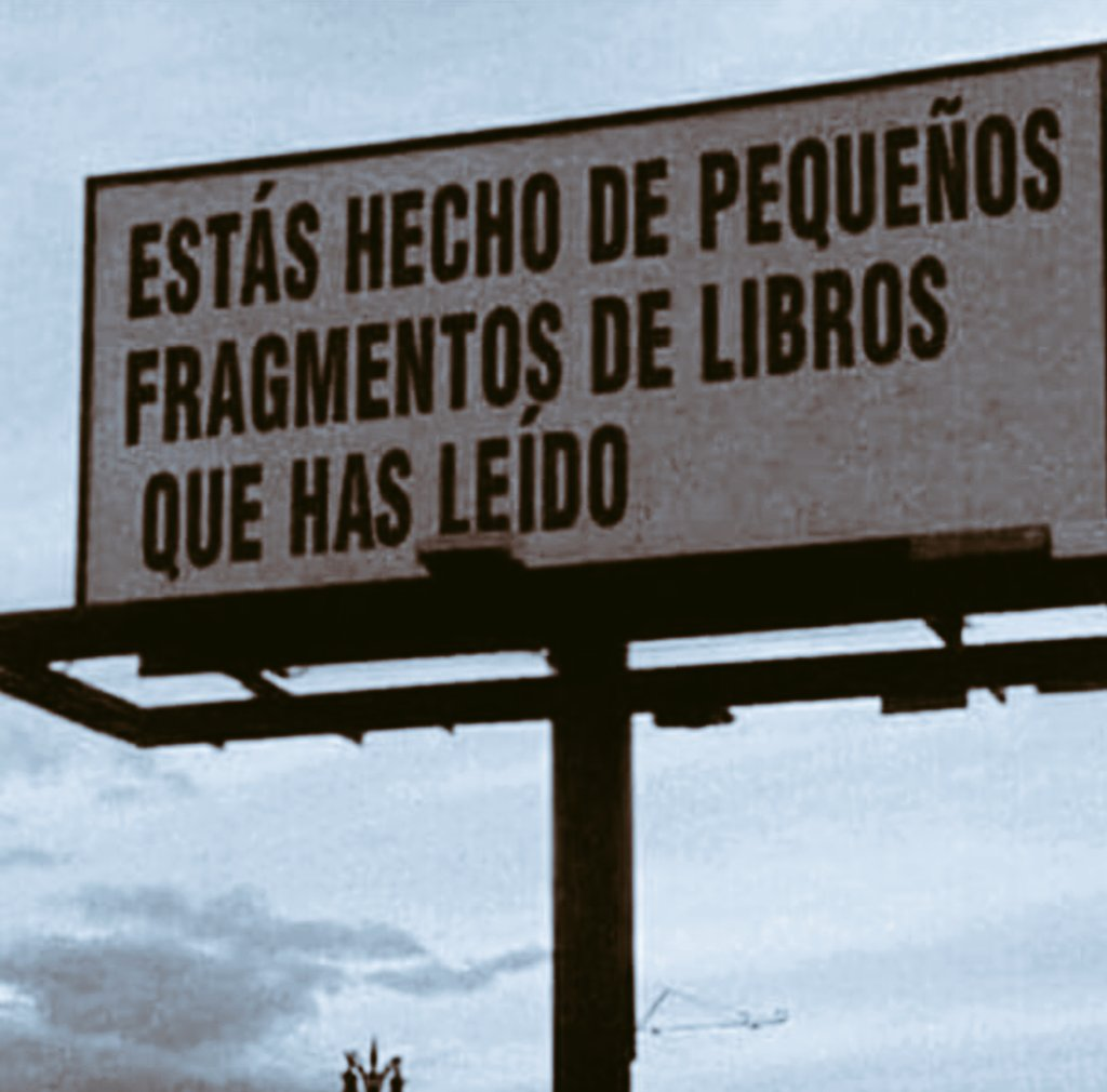 RT @MissCitadeLibro: Estás hecho de pequeños fragmentos de libros que has leído.  #FelizMiercoles #14Nov https://t.co/m9vnIM4XcR