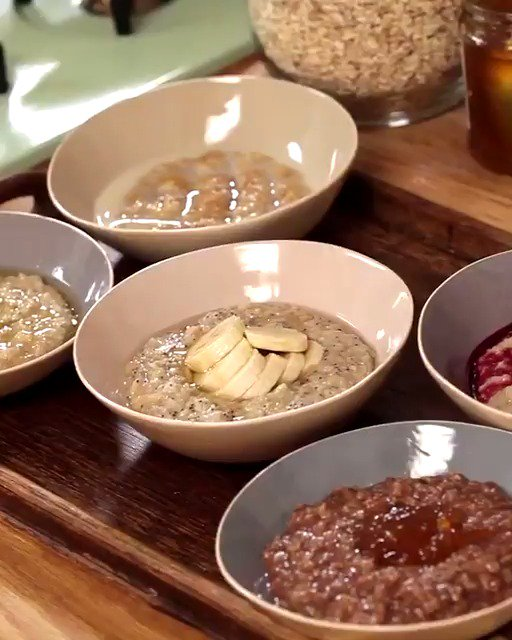 PORRIDGE....???? ways.  Which bowl of porridge is just right for you? #MondayMorning #WeekdayBreakfast https://t.co/ETN0VowKjM