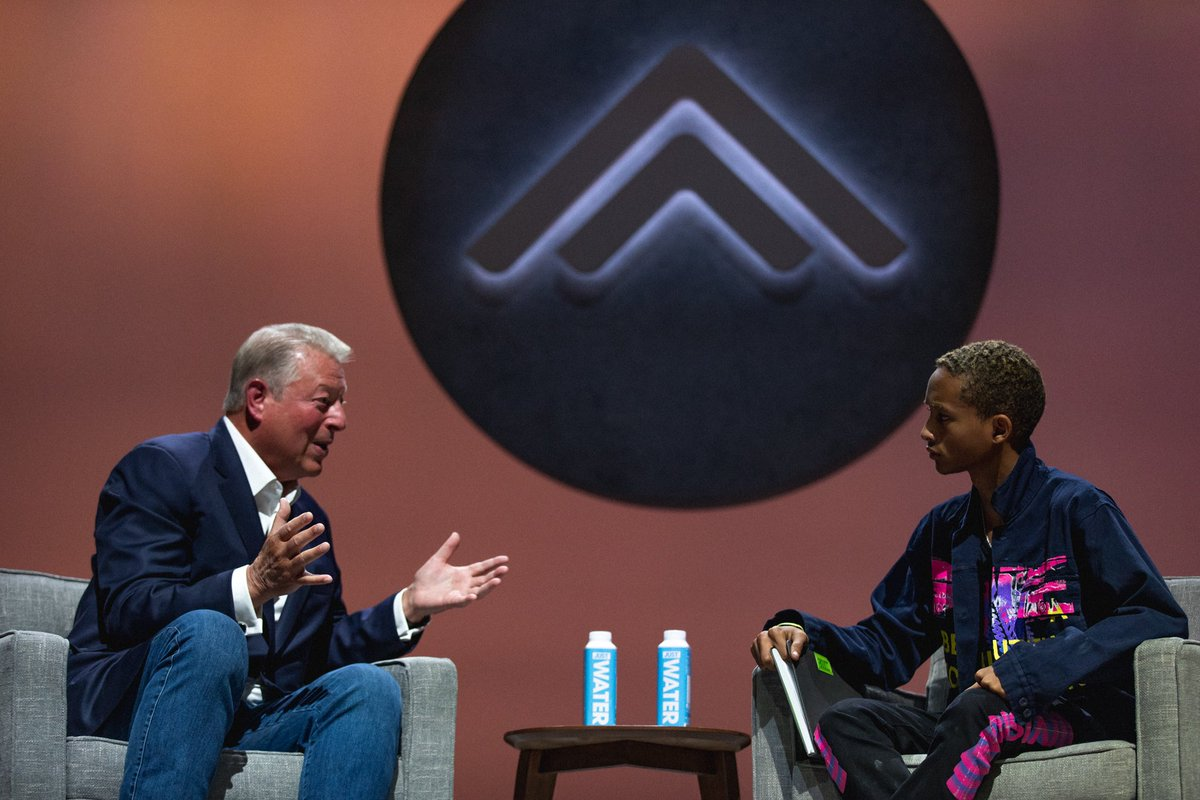 That day @algore and @officialjaden decided to make waves together! I'm proud of you ????✨ https://t.co/0740iao11g