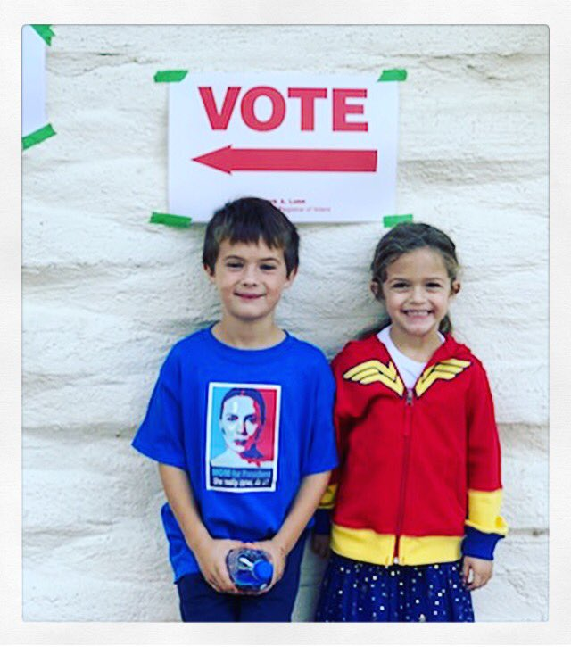"""Mom for President."" https://t.co/Ll4YKB6Y5F"