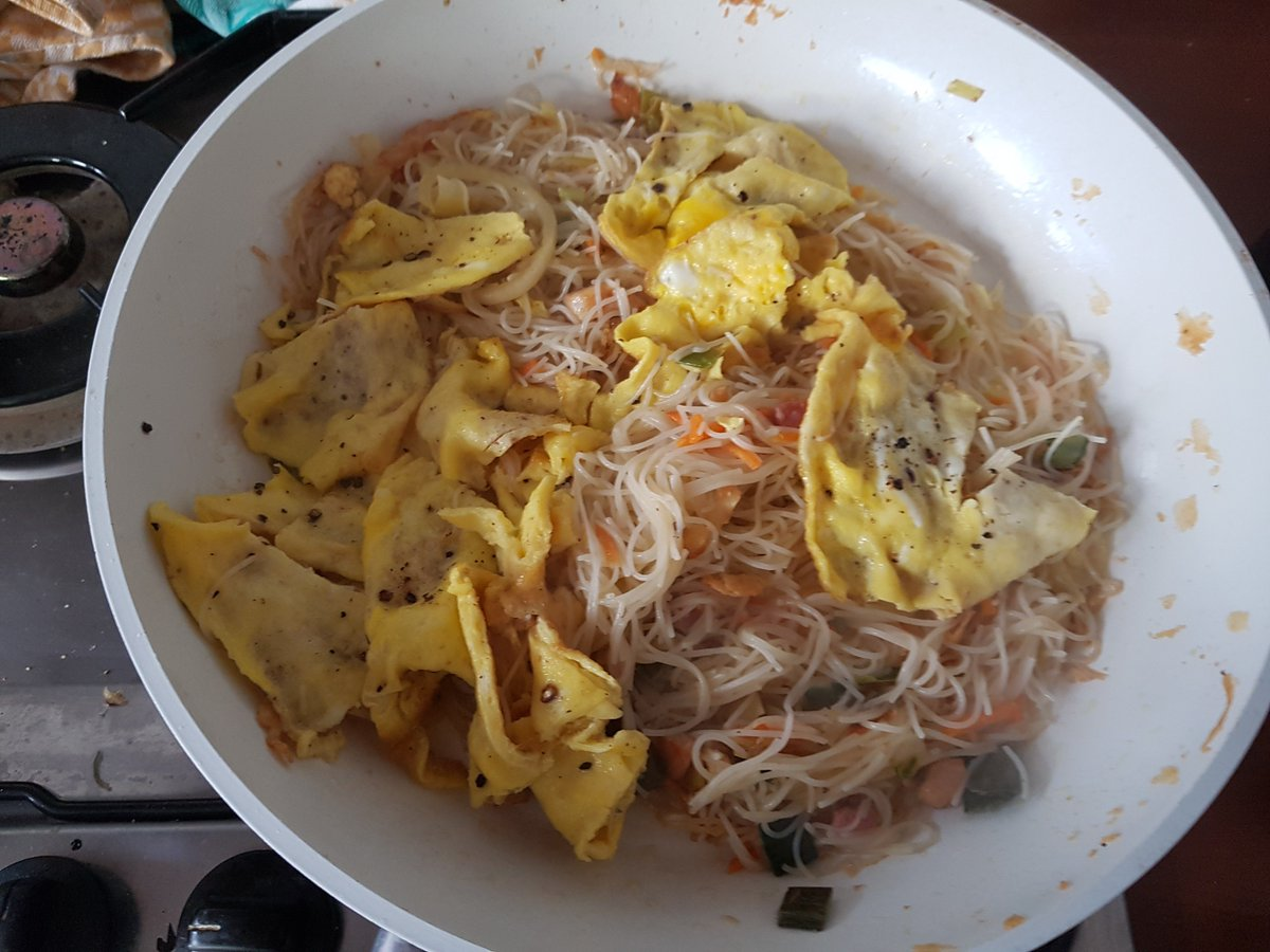 test Twitter Media - @JLipowski @LindaPeters64 @Sihpromatum @TheTravelCamel @TazzDiscovers @RTWBarefoot @Touchse Love the eatable ones even more. They are the only good substitute for meat. Specially the sturdy ones like shi take or porcini 😋😍 This is Mie (Mihoen) Goreng with scrambled eggs porcini sea salt black pepper balsamico vinegar extra vergine olive oil ... ehm & a bockbeer #trlt https://t.co/Fk33TOMY7H