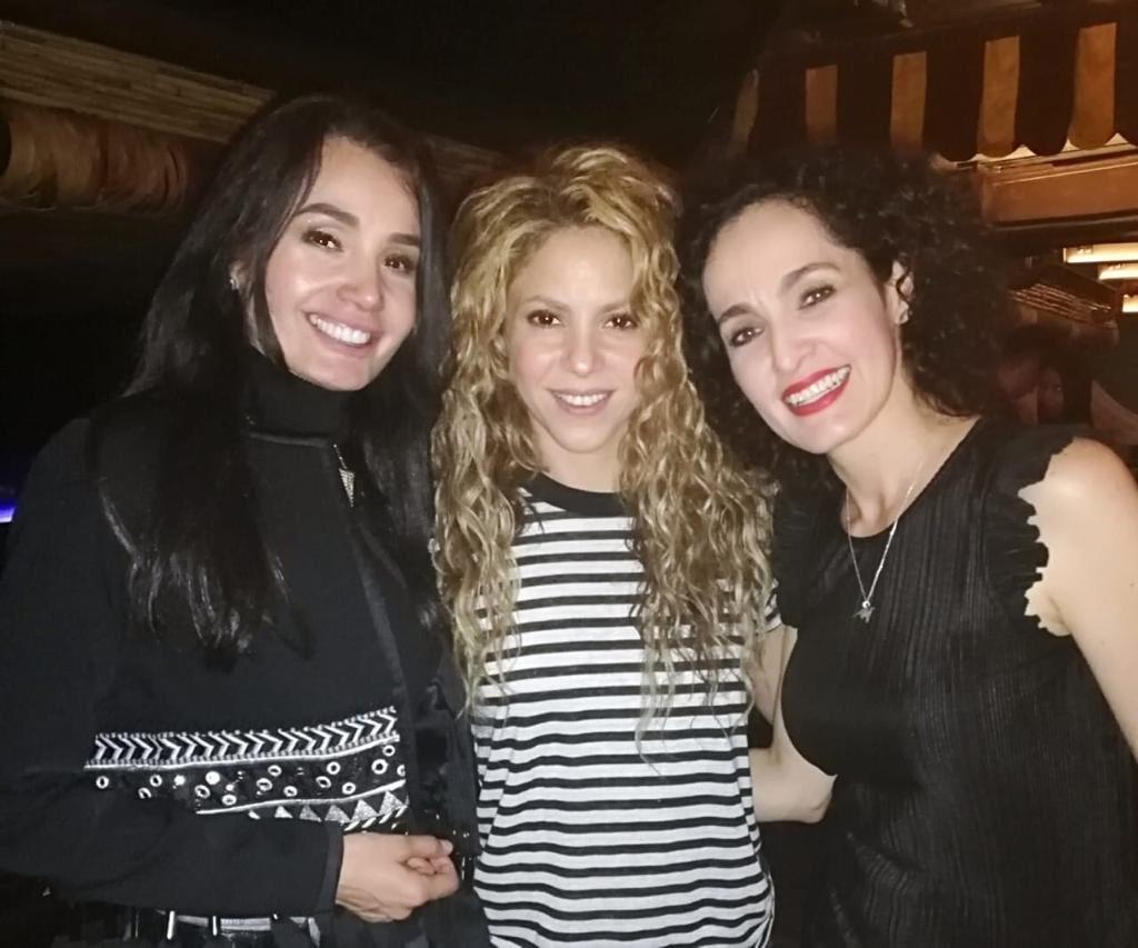Con mis amigas Maisa Henao y @XilenaAycardi! Shak https://t.co/kI4e9qVbTf