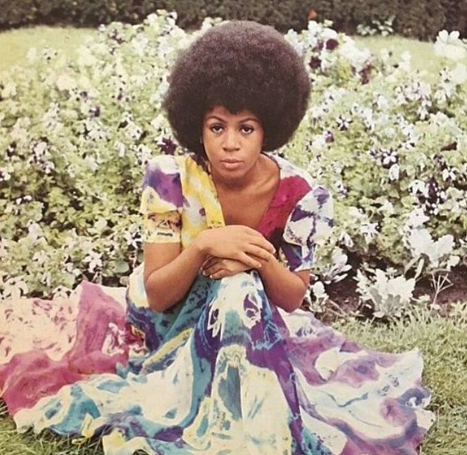 HAPPY BIRTHDAY to the incredible, beautiful and soulful Minnie Riperton.