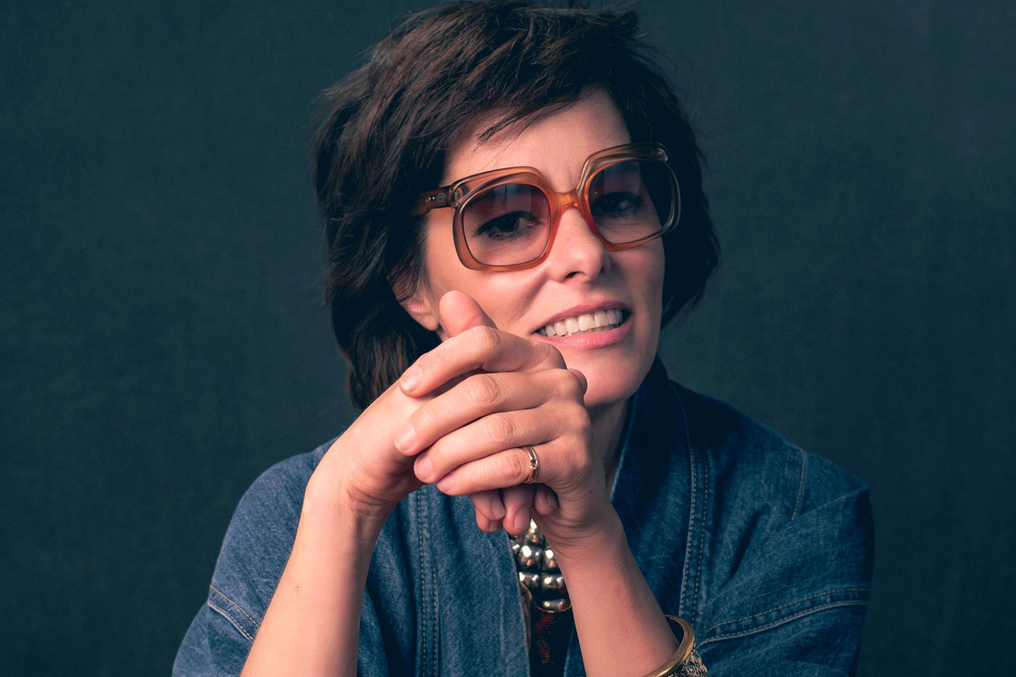 """Happy birthday to Parker Posey, \""""Queen of the Indies\""""!"""
