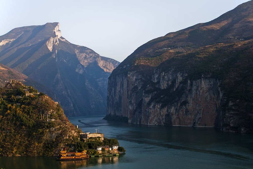 "test Twitter Media - Multiple ministries & city governments from 15 provinces sign joint declaration to rehabilitate Yangtze River ecosystems. ""It's a jewel in the crown of China's ecological heritage,"" said PI's @TerryTownshend: https://t.co/ZetRlk5yeu https://t.co/T2p4NG3TMm"