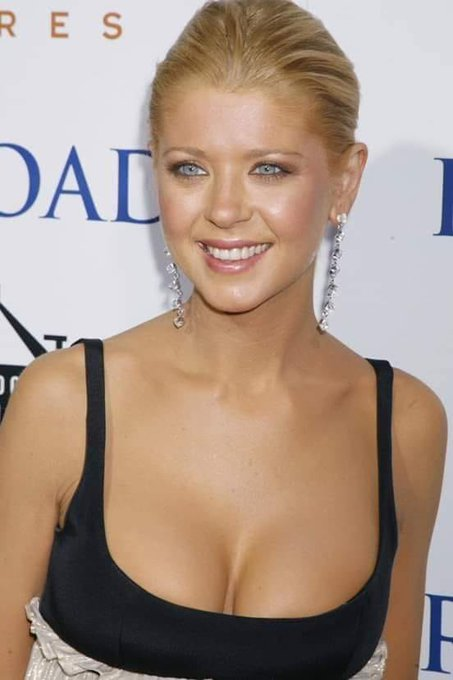 Happy Birthday TARA REID!  (8th NOVEMBER 1975)