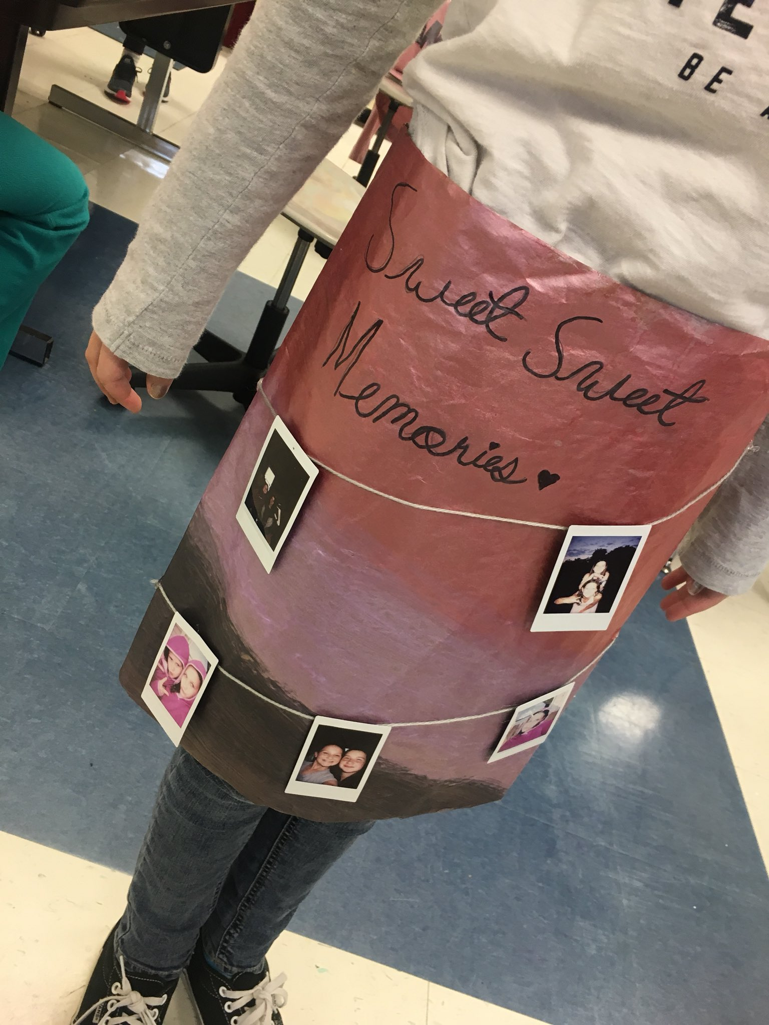 Fashion Forward STEAM Project....by a 6th grader!! Skirt makin' Sweet Sweet Memories! And she's wearing it home on the bus!!! #lcmsptb https://t.co/UuuFzJCerb