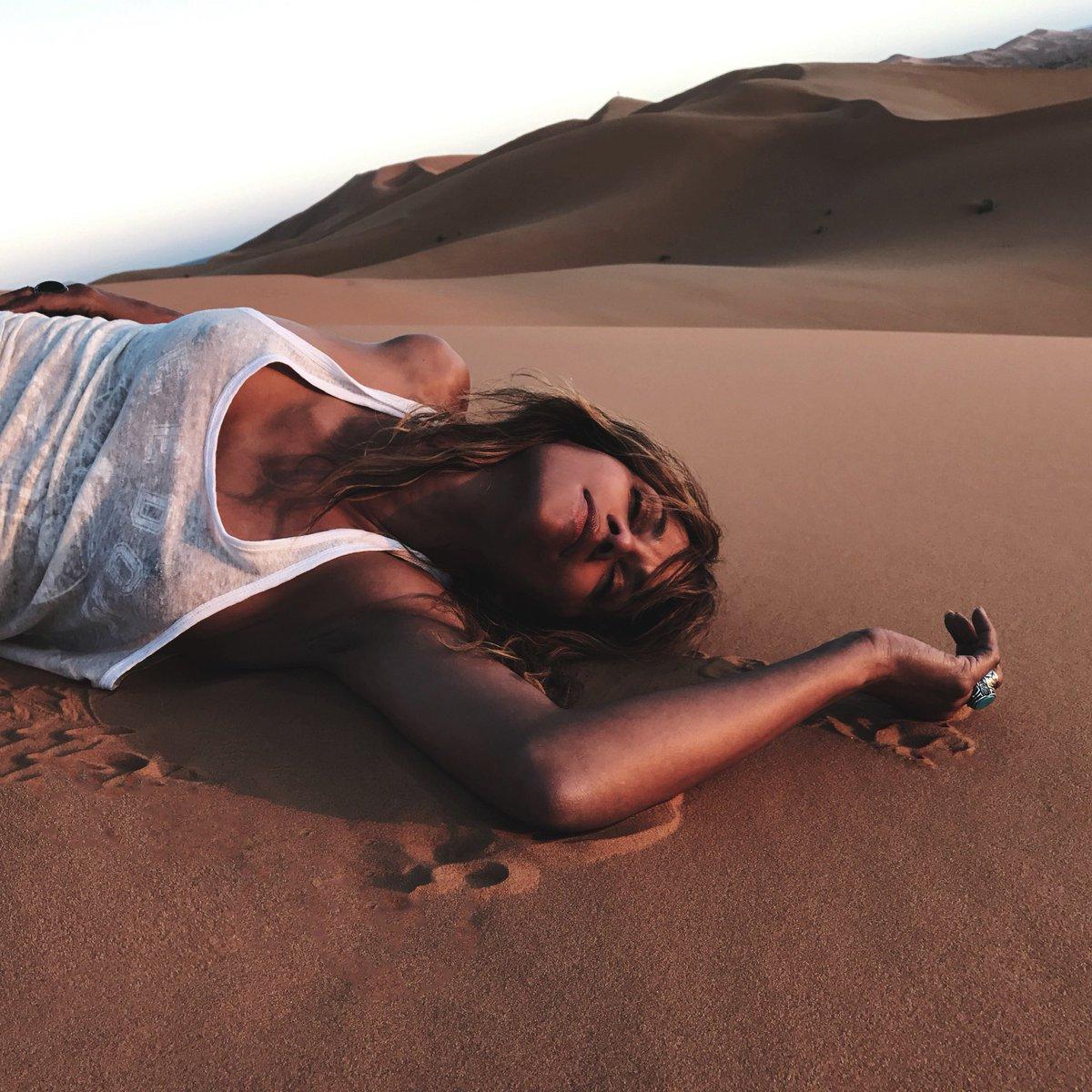 Sahara Sunning ☀️ https://t.co/un9OPJ9wQO