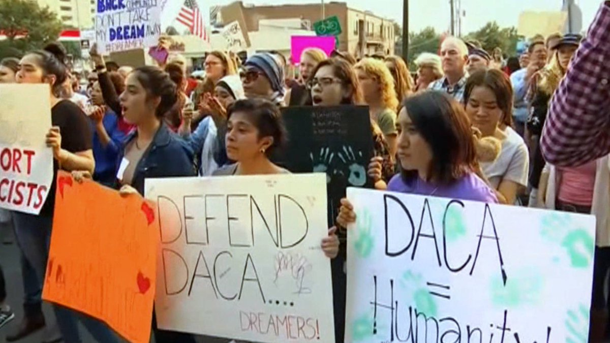 RT @democracynow: Court Rules Trump Cannot End DACA https://t.co/Ightmy0mWO https://t.co/8dsrfcECao