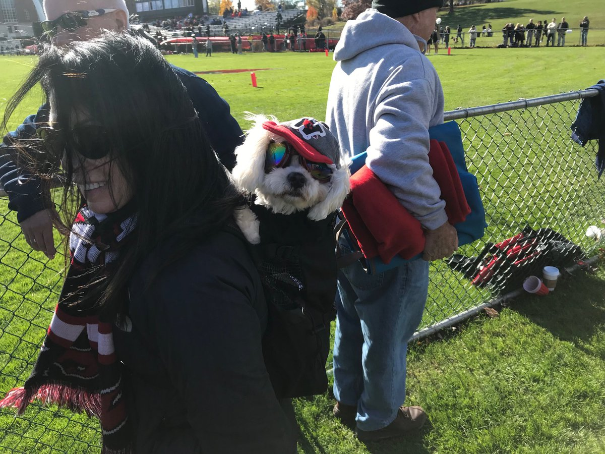test Twitter Media - RT @mroth78: Devoted ⁦@wesleyan_u⁩ fan at final football game of season  ⁦@Wes_Athletics⁩ https://t.co/3yrdwkzzH1