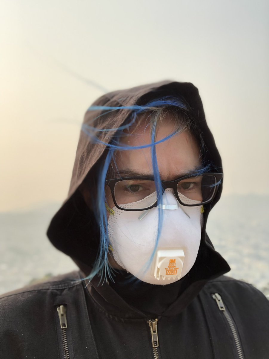 I wore a mask and I still got a headache from being outside https://t.co/EwXwZsRMPm