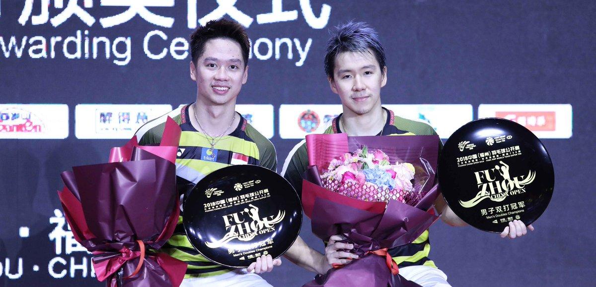 RT @INABadminton: (Fuzhou China Open 2018) Hentikan Ganda Putra Tiongkok, Kevin/Marcus Juara https://t.co/Cq9Siw6UvO https://t.co/MuBh7jDuoj