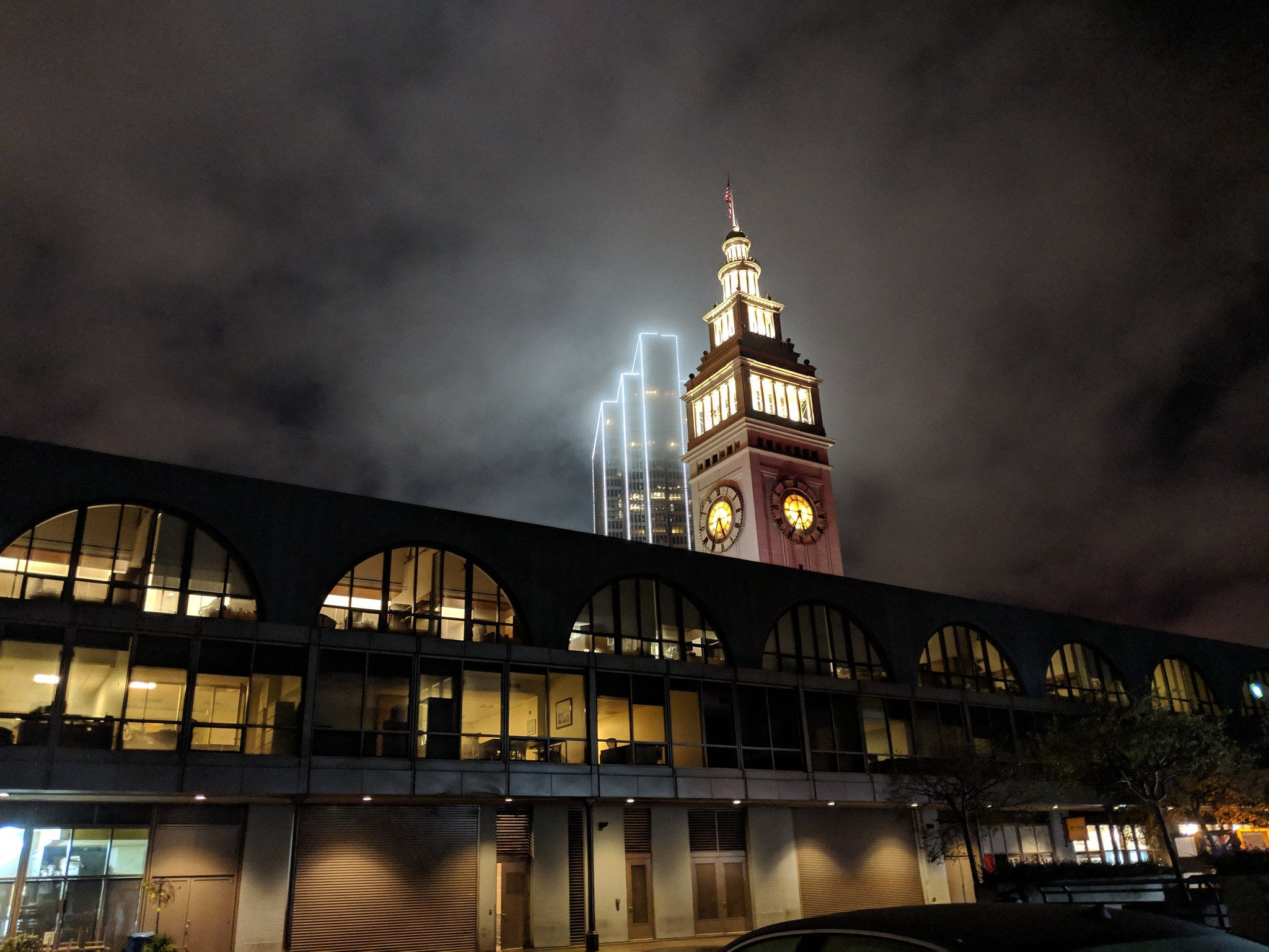 Check out the fog rolling over the San Francisco Ferry Building. #bayarea https://t.co/GACC4BdloM