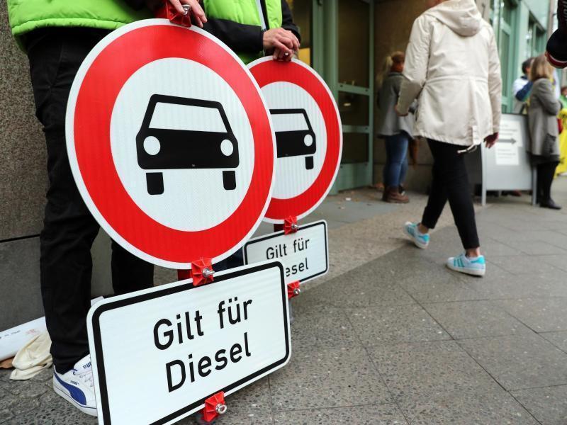 NRW: Gericht verhandelt über Fahrverbote in Ruhrgebietsstädten https://t.co/oy4jRv5Czo https://t.co/eDa6Tekay2
