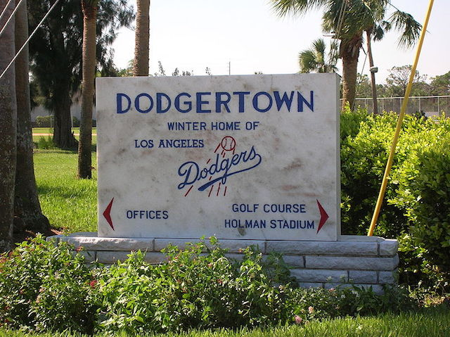 MLB, Indian River County Reach Agreement To Renovate Historic Dodgertown https://t.co/dDsjrLhJsO https://t.co/p1hWXhTxYu
