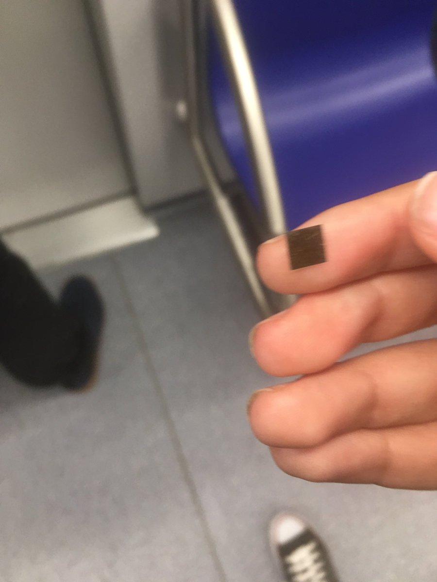 RT @latnpop: @shakira El otro día en el metro puse la mano en el pelo y me salió eso https://t.co/LoiQEl54zU