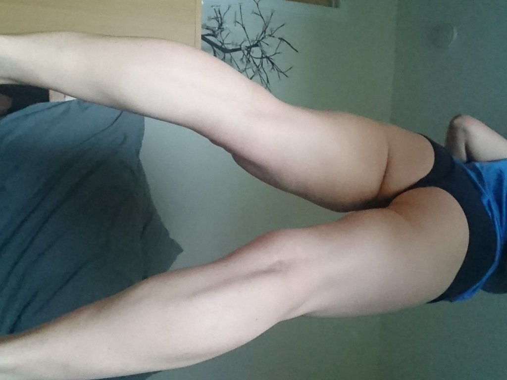 I am online right now. Check out my profile: U5lhQiHz0a #skype #camshows #scottish #blonde