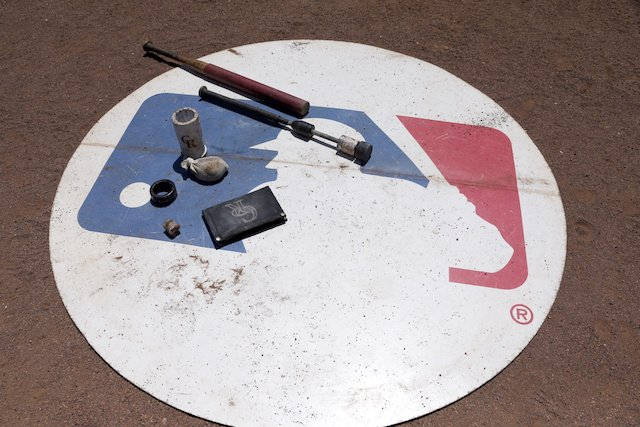 MLB, FOX Sports Announce Multi-Year Rights Agreement For Postseason, World Series &… https://t.co/0a5DGmjxsW https://t.co/4rmy0ji2G0