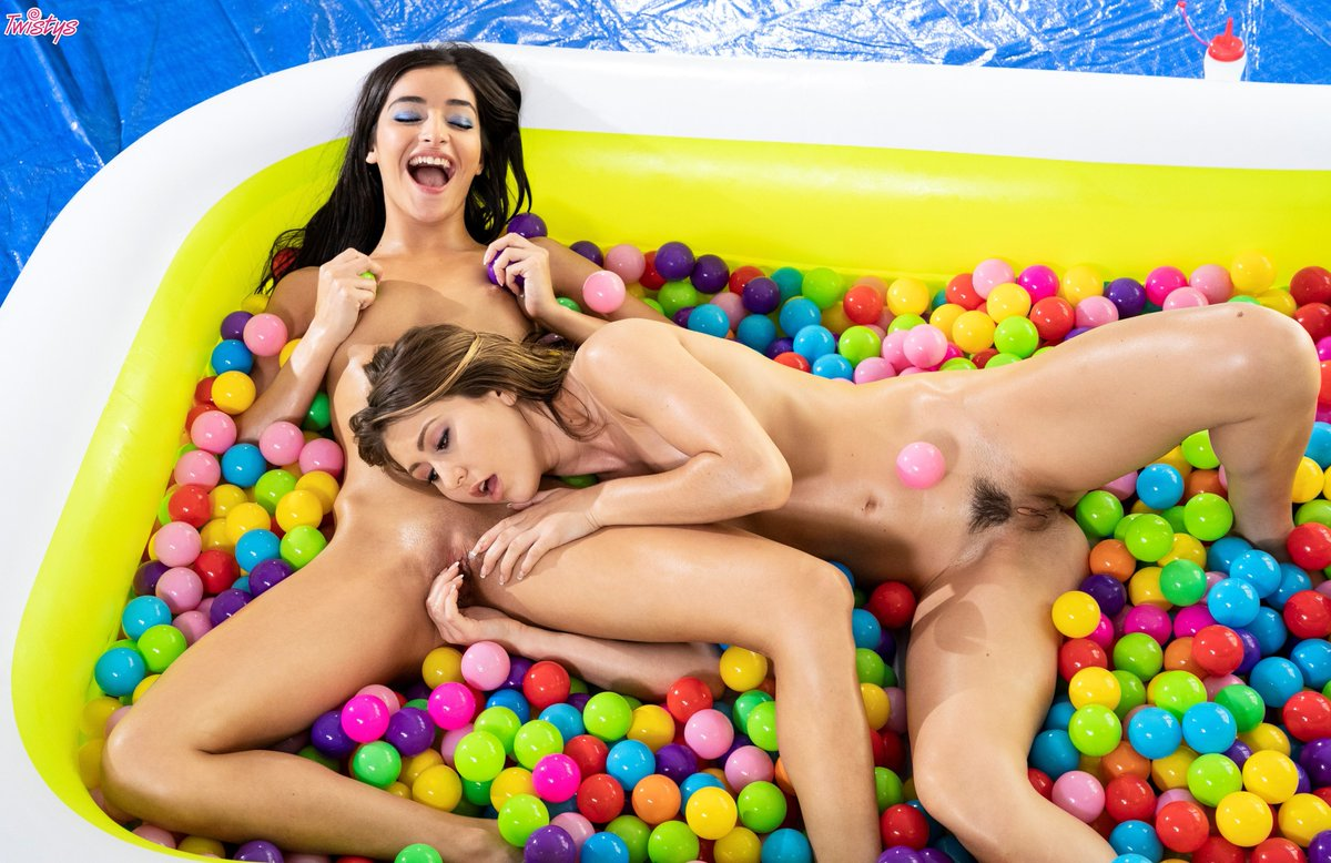 Morning! Sorry boys these are the only balls we are playing with this weekend.