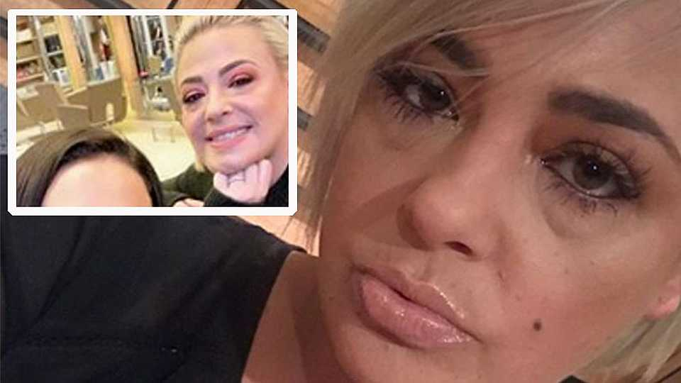 Lisa Armstrong HITS BACK After being pictured with her 'wedding ring back