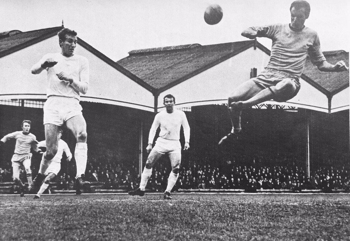 RT @MemorabiliaMal: Derek Dougan completes his hat-trick for Wolves v Hull City 25/3/67 (4-0) #WWFC #HCAFC https://t.co/SGzaGI3O0i