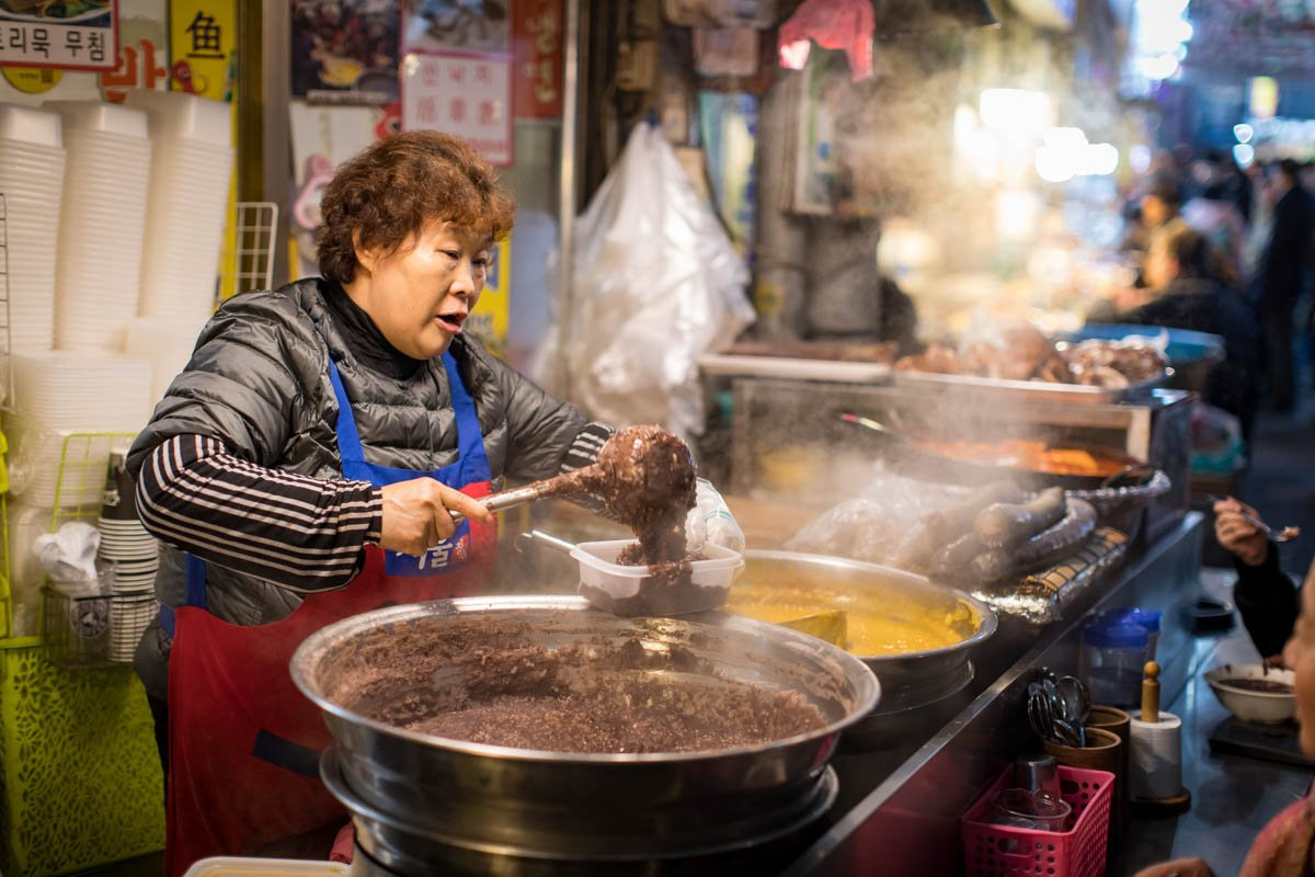 The women of South Korea's Gwangjang Market — in pictures