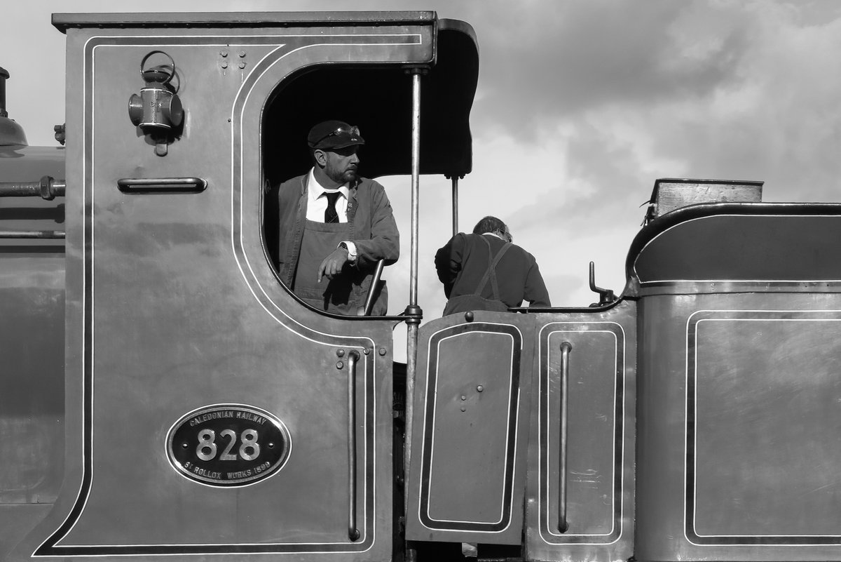 test Twitter Media - RT @SirHectorMunro: Looking back from the Caledonian 828.   @bonessrailway  #autumnsteamgala  @srpssteam https://t.co/6T7xMZYc9X