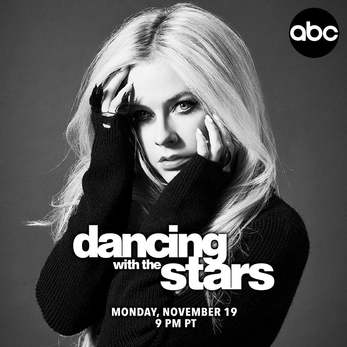 Tomorrow, 9 pm PT. @DancingABC ???? #HeadAboveWater #DWTS https://t.co/6mVbZVUZ2F