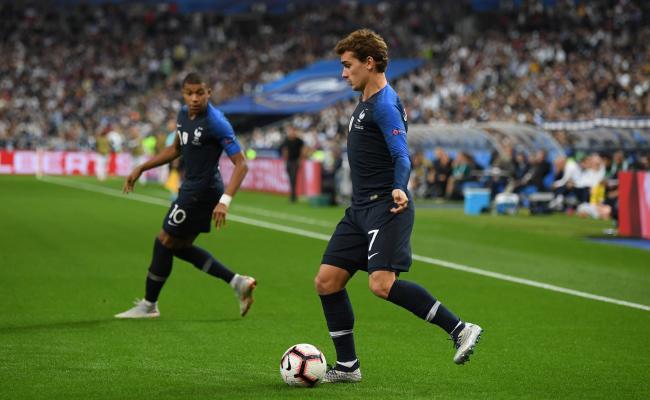 Et si l'équipe de France testait un nouveau système contre l'Uruguay ? https://t.co/3FpsGMCkJw https://t.co/5m1h6ISvyC