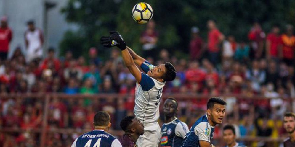 Hadapi Metro FC, Arema Bakal Istirahatkan Kiper Utama https://t.co/sU16imf1Uq https://t.co/o5JKyp6h3L
