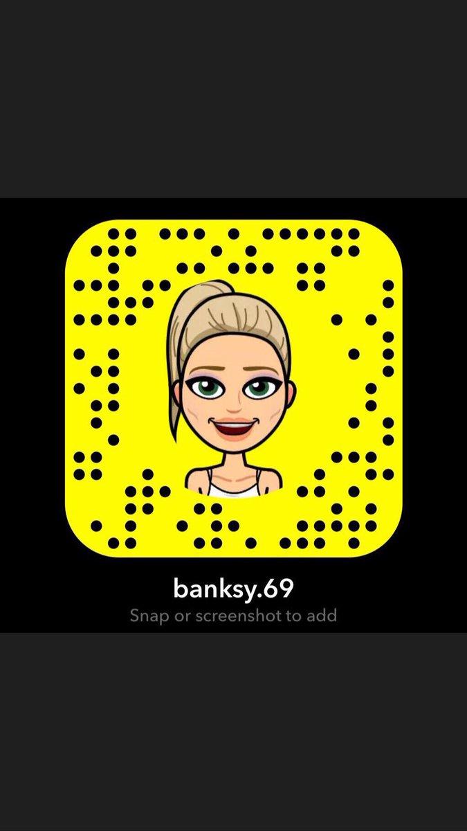 1 pic. Add me on Snapchat! 😉💕 Username: banksy.69  tVphS3hPIt D9MYWO6EKh