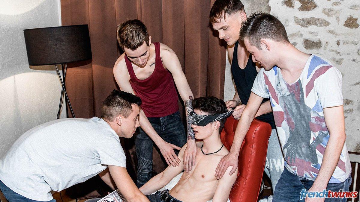 The young Nolan 18 gets hazed in a Bukkake Session! 1iKO90mUxl tRiDMlQKli