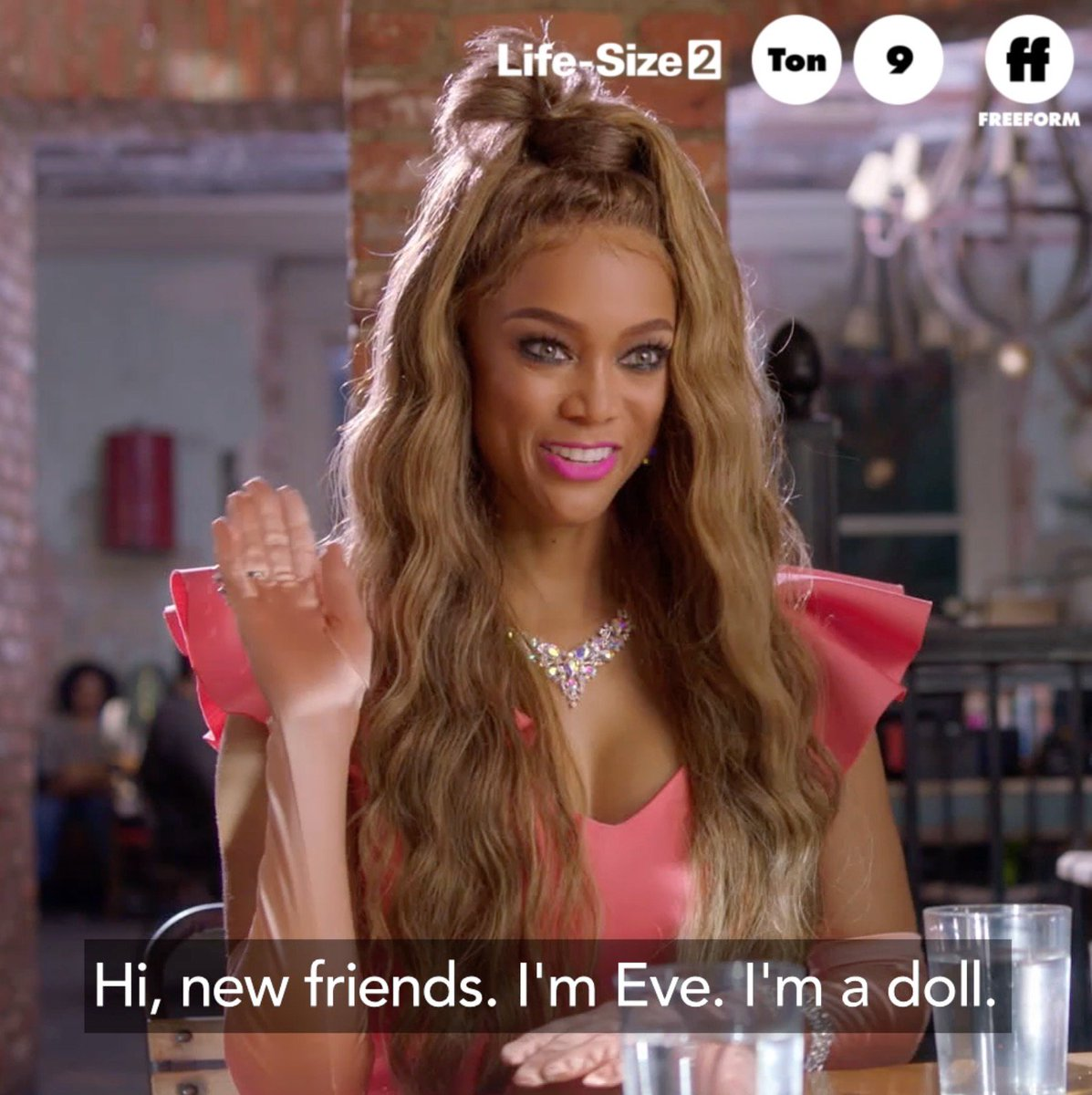 RT @25Days: Shine brighter. Shine farther.  #LifeSize2 premieres tonight at 9pm/8c on @FreeformTV. https://t.co/YbXnF17Zn4